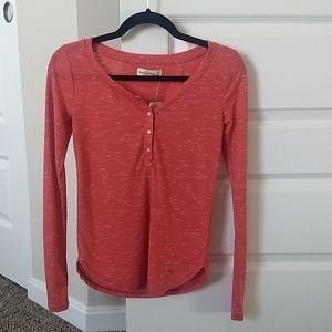 NWT A&F Abercrombie & Fitch Red Henley XSNWT for sale